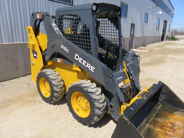 JD 318G (E80656) – $39,950.00