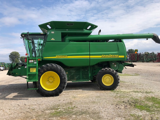 JD 9560 (E80644) – $119,980.00