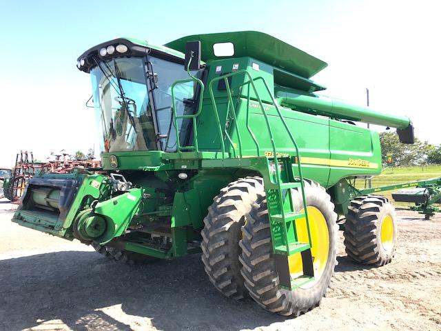 JD 9760 (E82011) – $124,900.00